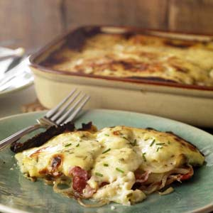 Bacon 'n Cheddar Scalloped Potatoes